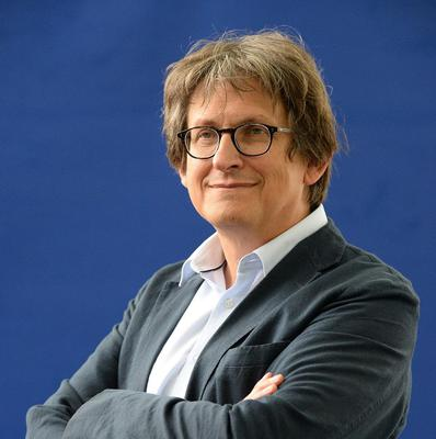 The Guardian, edited by Alan Rusbridger, has won a Pulitzer Prize for revealing the massive US government surveillance effort