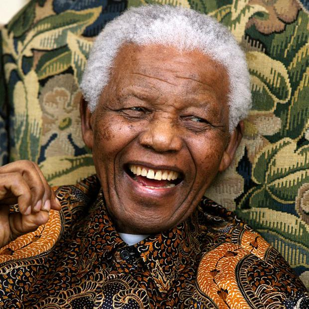 Nelson Mandela has left hospital and returned to his home in Johannesburg