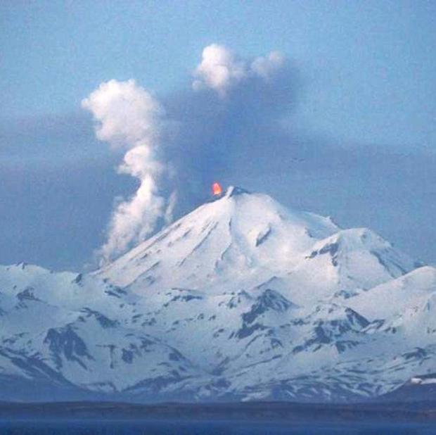 The Pavlof volcano erupts (AP)