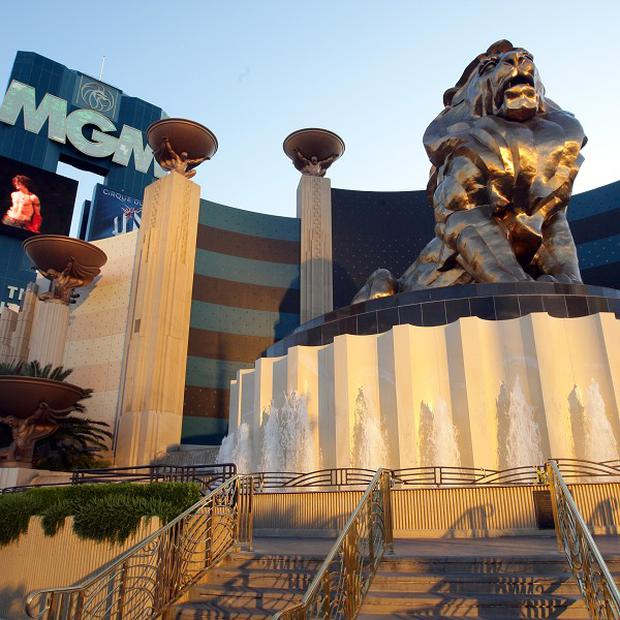 A Cirque du Soliel performed died during a performance at the MGM Grand Hotel in Las Vegas