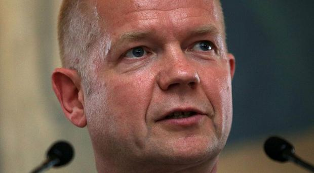 Foreign Secretary William Hague has announced help for Syrian opposition fighters against chemical weapons.