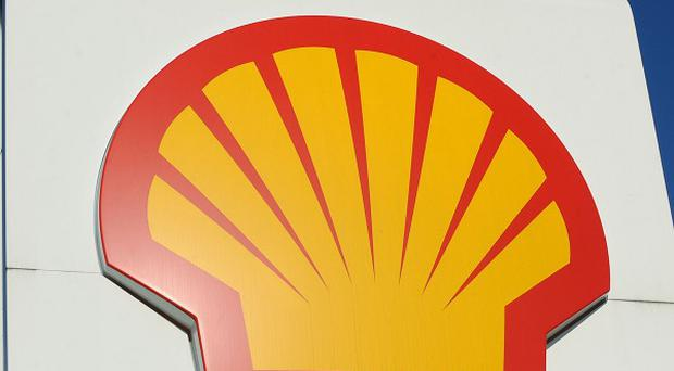 Oil giant Shell has been accused of making false claims in Niger Delta spill reports.