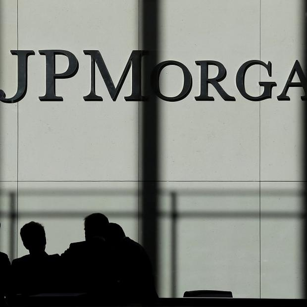 JPMorgan Chase have agreed a record 13 billion-dollar settlement over the company's sales of low quality mortgage-backed securities (AP/Seth Wenig)