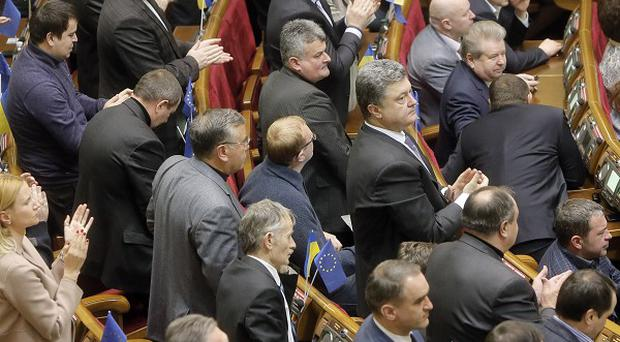 Ukrainian MPs are discussing a possible amnesty for arrested protesters (AP)