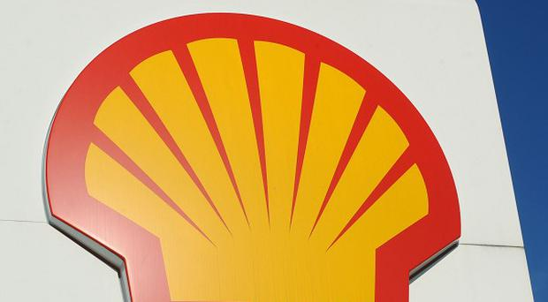 Shell is selling an Australian refinery and 870 petrol stations to Vitol Group