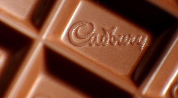 New tests on 11 samples taken from the factory showed no trace of pork in the two products, Cadbury's Dairy Milk Hazelnut and Dairy Milk Roast Almond bars