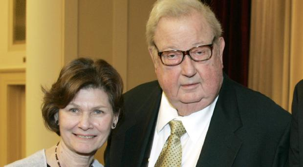 Robert Drew and his wife Anne (AP/AMPAS)