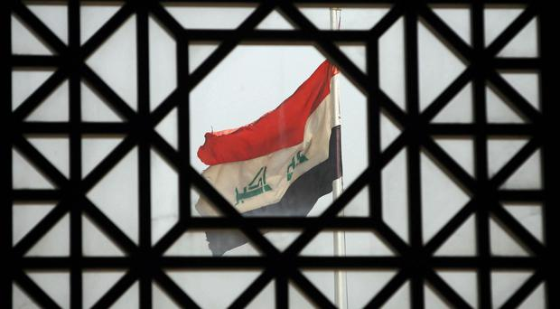 Militants have targeted a checkpoint along the border with Syria