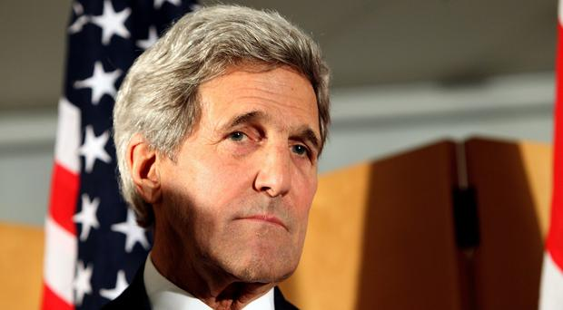 US Secretary of State John Kerry is urging China to ease tensions in the South China Sea