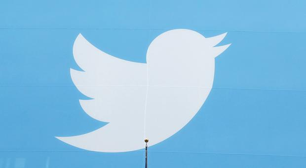Twitter is not satisfied with the growth of its audience, despite growing revenue