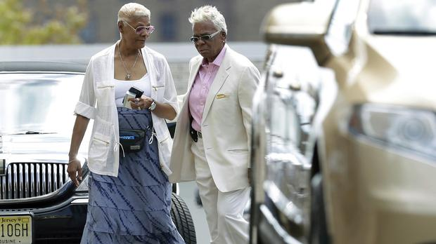 Singer Dionne Warwick, left, and Carolyn Whigham at the service at Whigham funeral home for Bobbi Kristina Brown (AP)