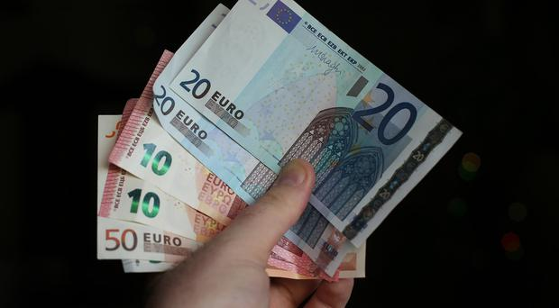 Catalonia would lose the euro if it gains independence, bankers warn