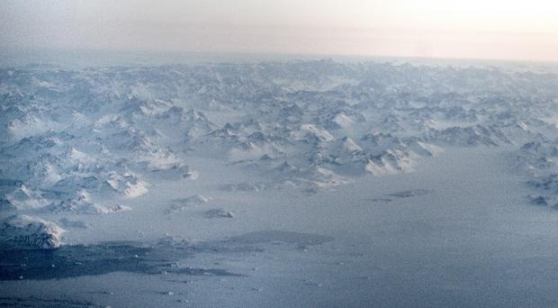 Russia plans to have a military unit permanently stationed in the Arctic by 2018