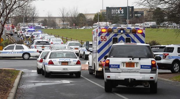 Police at the scene of a shooting at Northlake Mall in North Carolina (/The Charlotte Observer/AP)