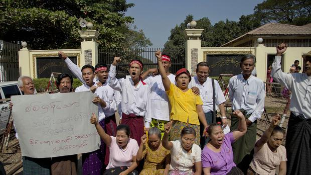 Prisoners released from Burma's Insein Prison. (AP)