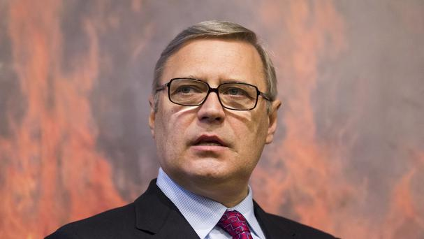 The video appears to show Mikhail Kasyanov in the crosshairs of a rifle. (AP)