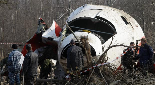 Poland's government has opened a new investigation into the 2010 plane crash in Russia that killed President Lech Kaczynski. (AP)