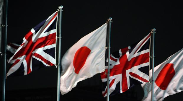 The British ships arrived on the coast of Tokai village in Japan
