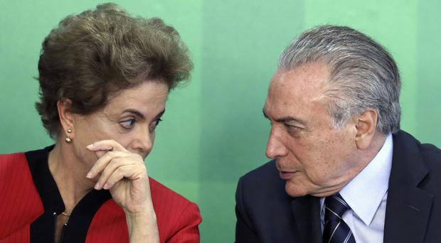 Dilma Rousseff and Michel Temer, during a meeting at the Planalto Presidential Palace, in Brasilia (AP)