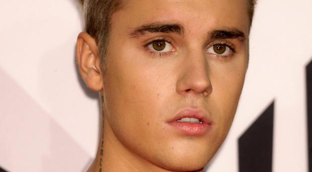 Argentine fans of Justin Bieber are furious that their idol cannot perform in the country because of a legal case