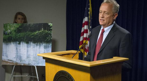 Hamilton County prosecutor Joe Deters during a news conference on the Cincinnati Zoo & Botanical Garden incident (AP)