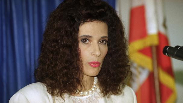 Theresa Saldana has died (AP)