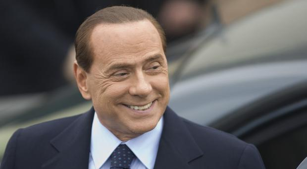 Italian ex-PM Silvio Berlusconi is having surgery to treat a faulty heart valve