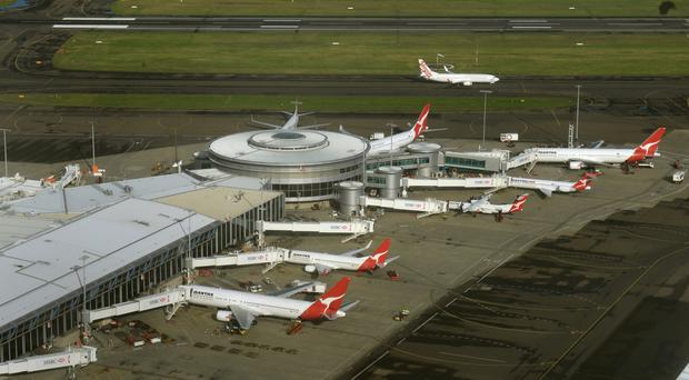 Ministers said Farrokh Sekaleshfar decided to leave Sydney Airport before his visa was cancelled