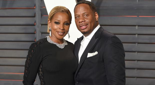 Mary J Blige and Kendu Isaacs pictured at the Vanity Fair Oscar Party in February
