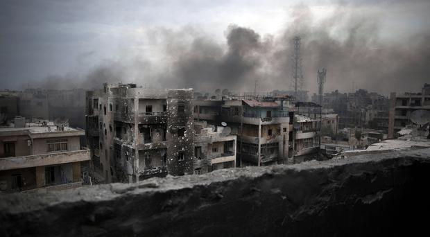 Fighting continues to rage in Aleppo (AP)
