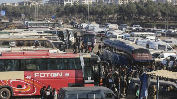 1000 leave rebel Aleppo in new evacuation