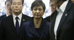 Park Geun-hye arrives at Seoul Central District Court (AP)