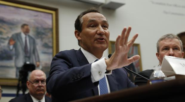 Oscar Munoz testifies on Capitol Hill in Washington (AP)