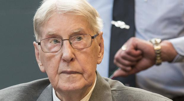 Reinhold Hanning, Auschwitz Guard in 170K Deaths, Dies at 95
