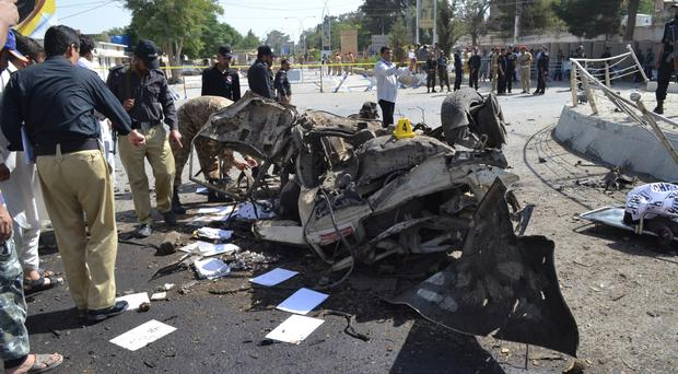 Death toll in Pakistan attacks climbs to 61