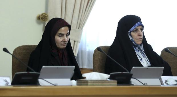 Iranian vice president abandons fashion style for chador ...