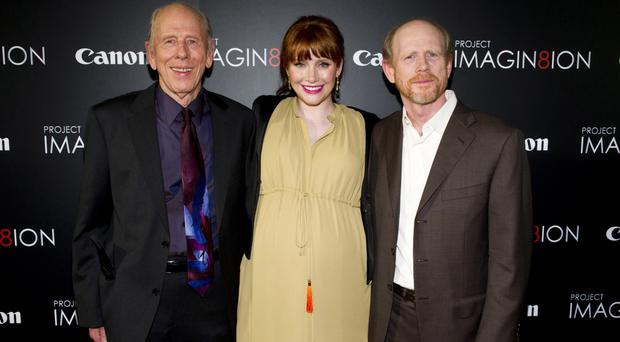 Rance Howard, left, with son Ron Howard and granddaughter Bryce Dallas Howard (AP Photo/Charles Sykes, File)