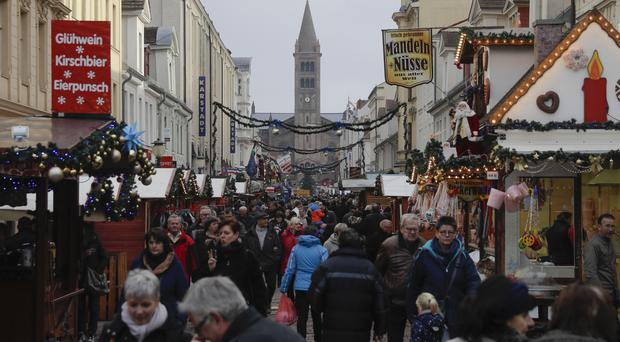 German Christmas Market Evacuated as IED Found
