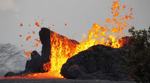 Llava erupts in Leilani Estates near Pahoa, Hawaii. (George F. Lee/Honolulu Star-Advertiser via AP)