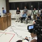 Media witnesses answer questions after the execution of Carey Dean Moore (Gwyneth Roberts /Lincoln Journal Star via AP)