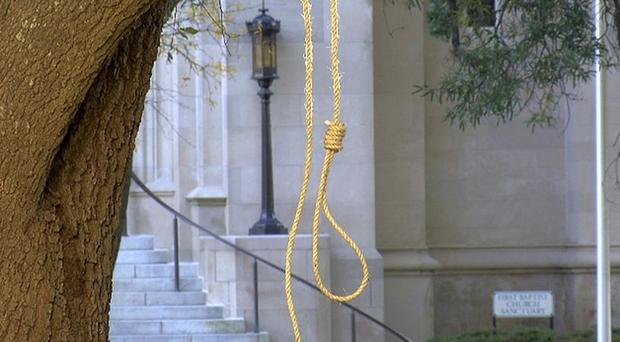 Nooses, hate signs found at Mississippi State Capitol Monday