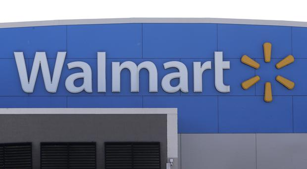 Walmart says it will stop selling electronic cigarettes (AP/Steven Senne, File)