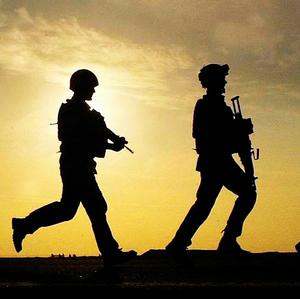 A Nato serviceman has been killed in a blast in southern Afghanistan, the US-led coalition said.