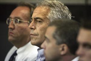 Jeffrey Epstein in court in 2008 (Uma Sanghvi/Palm Beach Post via AP, File)