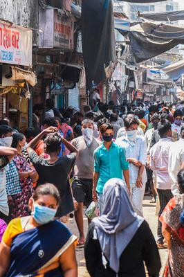 Crowded streets in Dharavi in India