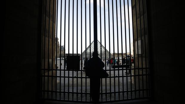 A protest resulted in the Louvre closing its doors (Thibault Camus/AP)