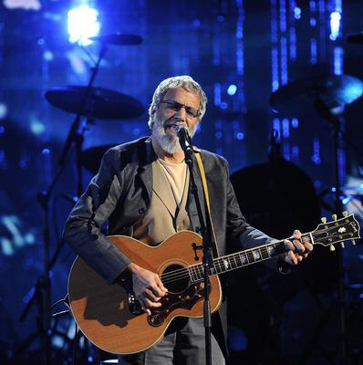 Cat Stevens on stage at the 2014 Rock and Roll Hall of Fame induction ceremony (Invision/AP)