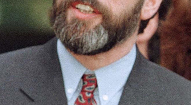 Gerry Adams speaks at Stormont in 1998