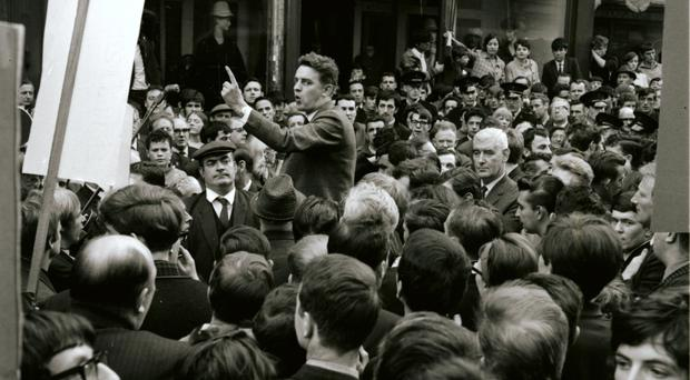 Austin Currie addressing the crowd in Derry in 1968