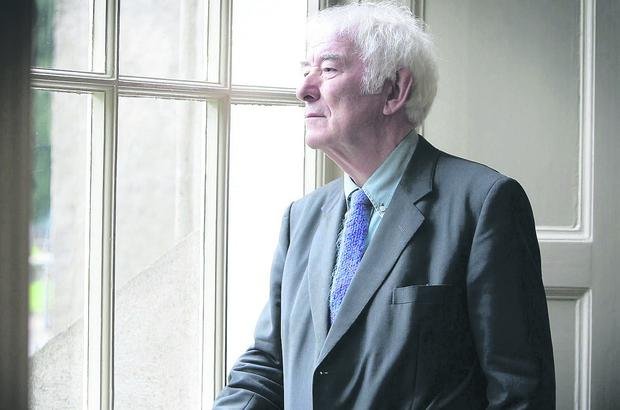 Eloquent: Nobel prize-winner Seamus Heaney's searing honesty about a united Ireland is timely as flag protests still simmer